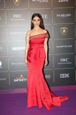 Soundarya Sharma at The Vogue Women Of The Year Awards 2018 on 27th Oct 2018 (28)_5bd6d6bef3611.JPG
