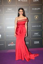 Soundarya Sharma at The Vogue Women Of The Year Awards 2018 on 27th Oct 2018 (29)_5bd6d6c27d90d.JPG