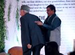 Shatrughan Sinha at the Launch Of Sanjay Khan_s Book The Best Mistakes Of My Life in Mumbai on 28th Oct 2018 (9)_5bd8209ee519b.jpg