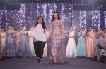 Sonal Chauhan Walk The Ramp As ShowStopper For Designer Sneha Parekh At The Wedding Junction Show on 28th Oct 2018 (11)_5bd8216dc878b.JPG