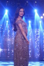 Sonal Chauhan Walk The Ramp As ShowStopper For Designer Sneha Parekh At The Wedding Junction Show on 28th Oct 2018 (4)_5bd8214c8a614.JPG