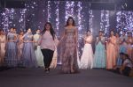Sonal Chauhan Walk The Ramp As ShowStopper For Designer Sneha Parekh At The Wedding Junction Show on 28th Oct 2018 (9)_5bd8216abf2ea.JPG