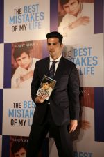 Zayed Khan at the Launch Of Sanjay Khan_s Book The Best Mistakes Of My Life in Mumbai on 28th Oct 2018 (31)_5bd8239291e5c.jpg