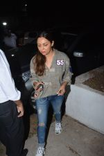 Gauri Khan spotted at Korner house in bandra on 29th Oct 2018 (11)_5bd94bc30e480.JPG