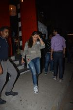 Gauri Khan spotted at Korner house in bandra on 29th Oct 2018 (13)_5bd94bc88a360.JPG