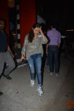 Gauri Khan spotted at Korner house in bandra on 29th Oct 2018 (14)_5bd94bca7d050.JPG