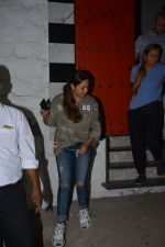 Gauri Khan spotted at Korner house in bandra on 29th Oct 2018 (4)_5bd94bb189a6f.JPG