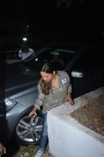 Gauri Khan spotted at Korner house in bandra on 29th Oct 2018 (7)_5bd94bb9e5479.JPG
