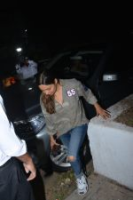 Gauri Khan spotted at Korner house in bandra on 29th Oct 2018 (8)_5bd94bbc499ea.JPG