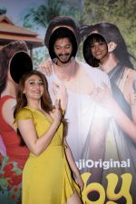 Shefali Zariwala, Shreyas Talpade, Manasi Scott at the Screening Of Film Baby Come Naa on 30th Oct 2018 (47)_5bd980744e666.JPG