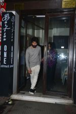 Shahid Kapoor, Mira Rajput at Ishaan Khattar_s birthday celebration in Bastian, bandra on 31st Oct 2018 (15)_5bdaff68d34d8.jpg