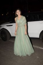 Urvashi Rautela spotted at juhu on 31st Oct 2018 (6)_5bdaffeb3014f.JPG