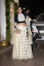 Jacqueline Fernandez at Shilpa Shetty_s Diwali party at juhu on 4th Nov 2018 (91)_5be0137ae324d.JPG