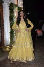 Karishma Tanna at Shilpa Shetty_s Diwali party at juhu on 4th Nov 2018 (37)_5be013a572814.JPG