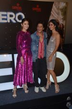 Shahrukh Khan, Anushka Sharma, Katrina Kaif at the Trailer launch of film Zero & Shahrukh Khan birthday celebration in Imax Wadala on 3rd Nov 2018 (80)_5bdfef99d477d.JPG