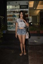 Rhea Chakraborty spotted at Juice khar on 10th Nov 2018 (15)_5be92d7863458.JPG