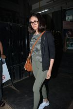 Aditi Rao Hydari spotted at juice bandra on 12th Nov 2018 (1)_5bea8a962a92e.JPG