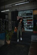 Aditi Rao Hydari spotted at juice bandra on 12th Nov 2018 (10)_5bea8acf4c64a.JPG