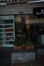 Aditi Rao Hydari spotted at juice bandra on 12th Nov 2018 (3)_5bea8a9c45e67.JPG