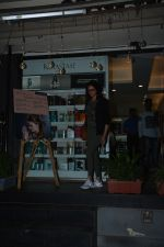 Aditi Rao Hydari spotted at juice bandra on 12th Nov 2018 (7)_5bea8aa97c8c2.JPG
