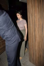Aditi Rao Hydari spotted at Amir khan_s house in bandra on 13th Nov 2018 (3)_5bebc5bb4e853.JPG