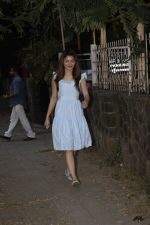 Urvashi Rautela Spotted at juhu on 14th Nov 2018 (2)_5bed152f243bd.JPG