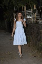 Urvashi Rautela Spotted at juhu on 14th Nov 2018 (4)_5bed1533a5c0b.JPG