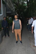 Emraan Hashmi spotted at Krome studio in bandra on 15th Nov 2018 (13)_5bee6bfe2c39e.JPG