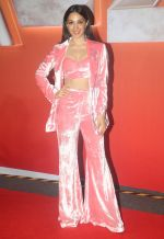 Kiara Advani at The Red Carpet Of The World Premiere Of Cirque Du Soleil Bazzar on 14th Nov 2018 (8)_5bee652083b5c.jpg