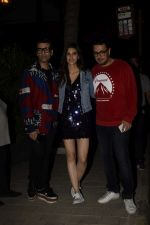 Kriti Sanon, Dinesh Vijan, Karan Johar at the opening night of Soho Club on 15th Nov 2018 (7)_5bee70e2da8bd.JPG