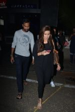 Krunal Pandya With Wife Spotted At Hakkasan In Bandra on 15th Nov 2018 (15)_5bee767e6c9be.JPG