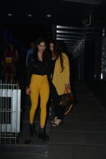 Poonam Dhillon with  Son Anmol & Daughter Paloma spotted at Hakkasan in bandra on 15th Nov 2018 (28)_5bee76c987a84.JPG