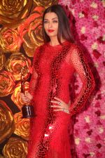 Aishwarta Rai Bachchan at the Red Carpet of Lux Golden Rose Awards 2018 on 18th Nov 2018 (75)_5bf3a5b822d91.jpg