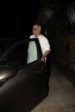 Boney Kapoor spotted at arjun Kapoor_s house in juhu on 19th Nov 2018 (9)_5bf3b73ff383e.JPG