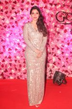 Kajol at the Red Carpet of Lux Golden Rose Awards 2018 on 18th Nov 2018 (45)_5bf3a72852661.jpg