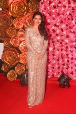 Kajol at the Red Carpet of Lux Golden Rose Awards 2018 on 18th Nov 2018 (46)_5bf3a72a25aaa.jpg