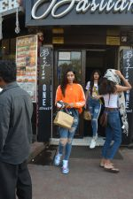 Khushi Kapoor and Anjali Dhawan spotted at Bastian bandra on 18th Nov 2018 (5)_5bf3a7799276d.JPG