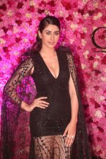 Warina Hussain at the Red Carpet of Lux Golden Rose Awards 2018 on 18th Nov 2018 (25)_5bf3a9c27d0b6.jpg