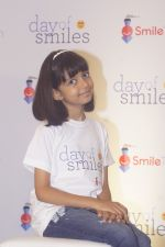 Aaradhya Bachchan Celebrate Her Father_s Birthday with Smile Train India NGO Kids on 20th Nov 2018 (43)_5bf5007f688fd.JPG