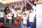 Aishwarya Rai Bacchan, Aaradhya Bachchan Celebrate Her Father_s Birthday with Smile Train India NGO Kids on 20th Nov 2018 (58)_5bf500aab8bed.JPG