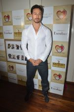 Tiger Shroff at the launch of Hand Painted Animal Calendar By Filmmaker Omung Kumar on 21st Nov 2018 (109)_5bf65f3cc79f1.JPG