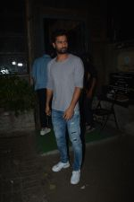 Vicky Kaushal spotted at Palli Village cafe in bandra on 21st Nov 2018 (8)_5bf658f9e8532.JPG
