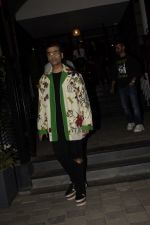 Karan Johar Spotted at Soho House Juhu on 24th Nov 2018 (12)_5bfb9179b6441.JPG