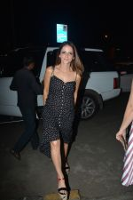 Sussanne Khan spotted at Bastian Bandra on 24th Nov 2018 (4)_5bfb9203185d3.JPG