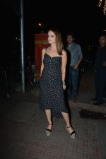 Sussanne Khan spotted at Bastian Bandra on 24th Nov 2018 (5)_5bfb9206c7a3a.JPG