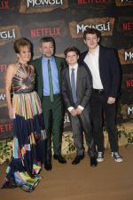 Andy Serkis at Mowgli world premiere in Yashraj studios, Andheri on 26th Nov 2018 (94)_5bfcec62b9516.JPG