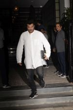 Anil Kapoor spotted at Soho House juhu on 26th Nov 2018 (2)_5bfcf45407206.JPG