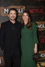Christian Bale at Mowgli world premiere in Yashraj studios, Andheri on 26th Nov 2018 (71)_5bfcee158bce8.JPG