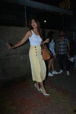 Shilpa Shetty spotted at indigo bandra on 27th Nov 2018 (12)_5bfe33d3483f3.JPG
