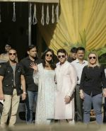 Priyanka  Chopra and Nick Jonas posing for media after finishing their wedding puja at her Versova House on 28th Nov 2018 (27)_5bff910811834.jpeg